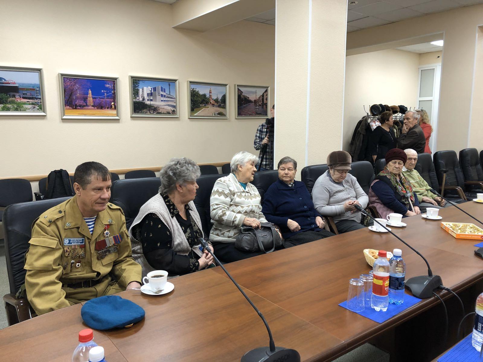 Глава встретился с родителями погибших воинов-интернационалистов