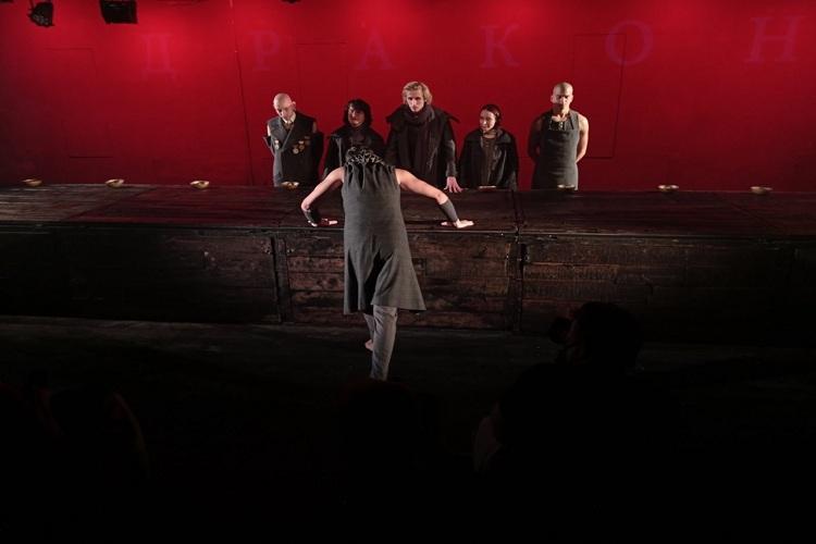 Театр «Грань» представил новый спектакль по пьесе Е. Шварца «Дракон».